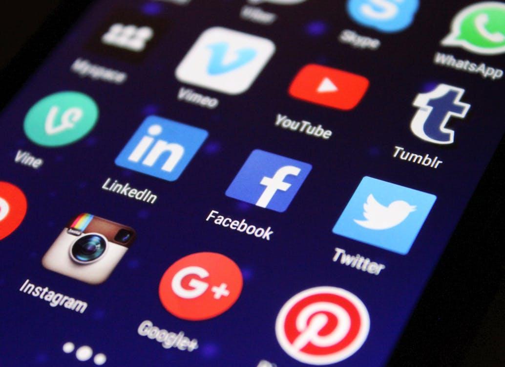 dependenta de social media
