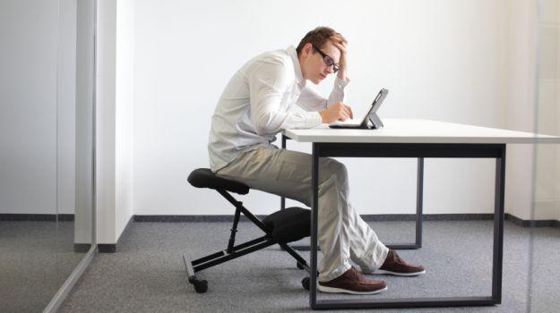 sederea prelungita pe scaun