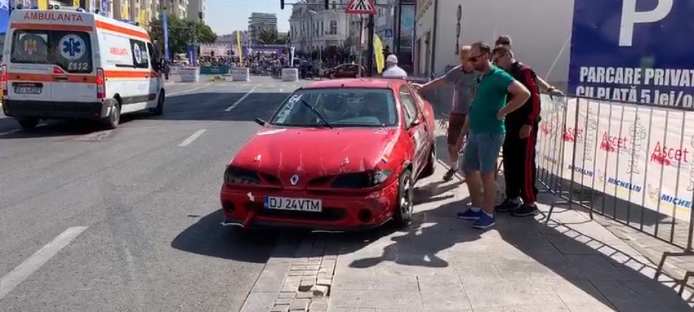Accident grav la Raliul Craiovei : o mașină a derapat și a intrat în spectatori
