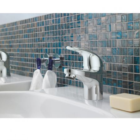 Cum sa alegi o baterie lavoar baie potrivita? Afla acum aspectele pe care trebuie sa le ai in vedere