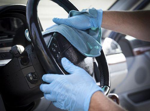Cel mai profesionist mod de spalare interior auto: afla totul despre detailing!
