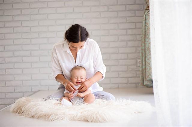 Cum speli hainele pentru nou nascuti